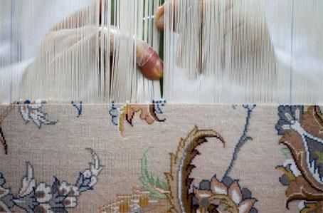 تولید فرش دستباف ایرانی به روش سنتی